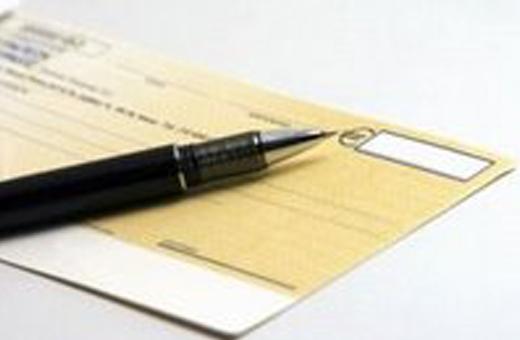 Veja como preencher um cheque de forma segura