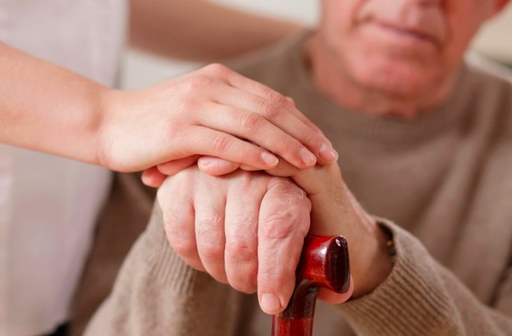 Resultado de imagem para Que doenças dão direito a aposentadoria por invalidez? É para sempre?